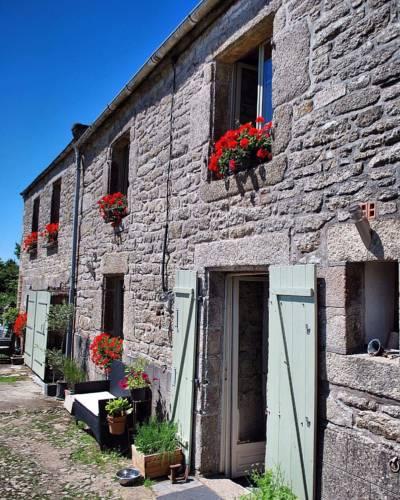 Maison des Maquisards : Bed and Breakfast near La Feuillée
