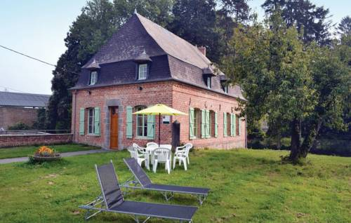 Four-Bedroom Holiday Home in Wiege Faty : Guest accommodation near Guise