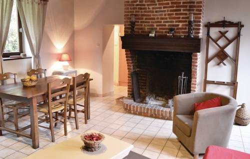 Two-Bedroom Holiday Home in Romery : Guest accommodation near Guise