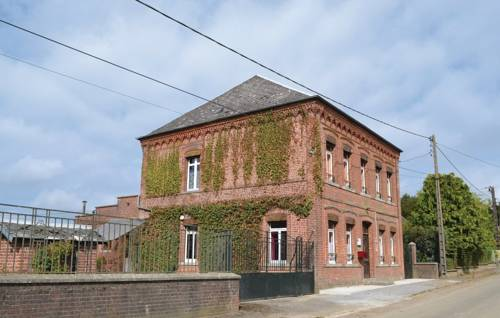 Five-Bedroom Holiday Home in Buironfosse : Guest accommodation near Le Nouvion-en-Thiérache