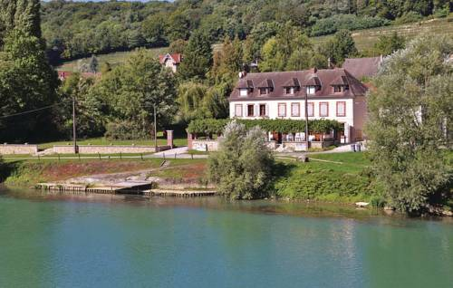 Two-Bedroom Holiday Home in Jaulgonne : Guest accommodation near Fère-en-Tardenois