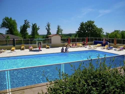 Le Chat 116 : Guest accommodation near Saint-Estèphe