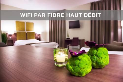 Kyriad Chambéry Centre - Hôtel et Résidence : Hotel near Chambéry