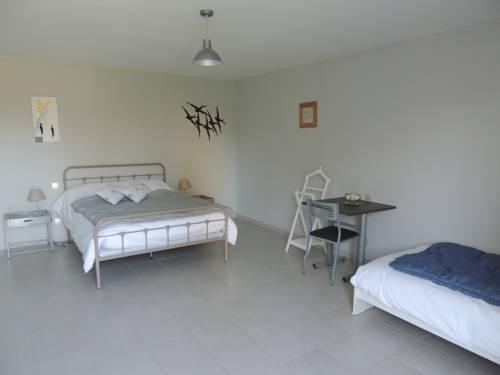 Les Chambres du Meunier : Hostel near Trélazé