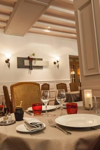 Quality Hotel Du Nord Dijon Centre - Restaurant De La Porte Guillaume : Hotel near Côte-d'Or
