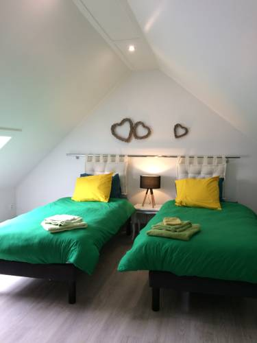La Courvilloise : Guest accommodation near Dravegny
