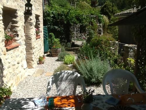 Maison Aux Lavandes : Bed and Breakfast near Authon