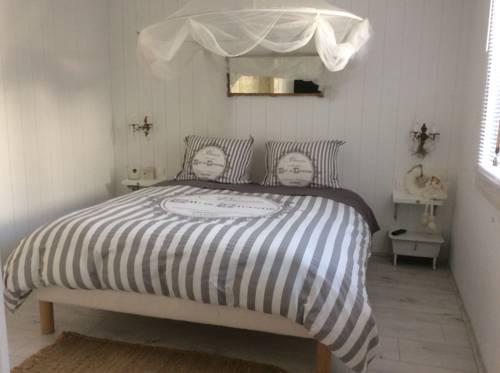 Joséphine en Ville : Bed and Breakfast near Castelnau-le-Lez