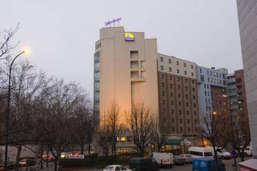 Canal Suites (Ex. Suite-Home) by Popinns : Hotel near Drancy