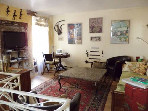 Holiday home Rue des Penitents : Guest accommodation near Pierrelatte