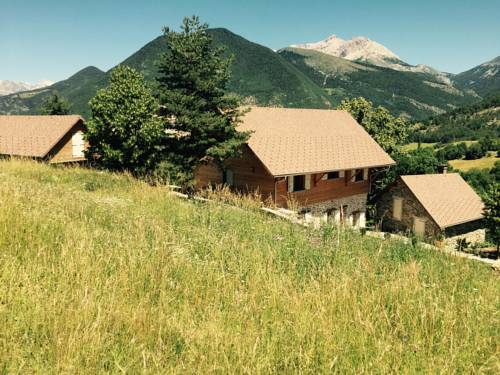 Chalet Hysope : Guest accommodation near Montmaur