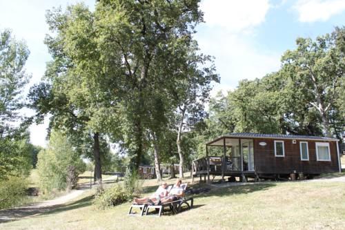 Domaine Lacs de Gascogne : Guest accommodation near Masseube