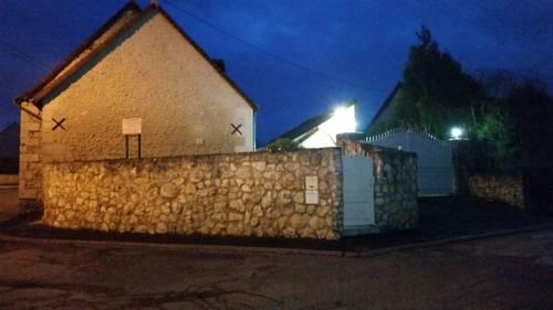 Le Clos des Alouettes : Apartment near Saint-Martin-le-Beau