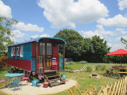 La Petite Fadette : Guest accommodation near Pouzy-Mésangy