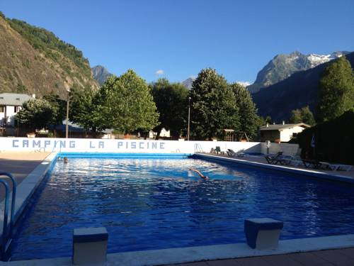 Hotel le bourg d 39 oisans hotels near le bourg d 39 oisans for Camping la piscine bourg oisans