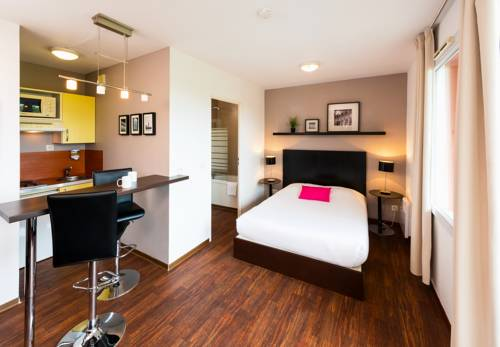 Ténéo Apparthotel Talence : Guest accommodation near Pessac