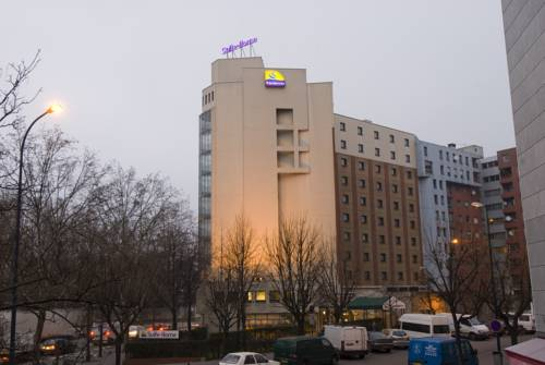 Canal Suites (Ex. Suite-Home) by Popinns : Hotel near Aubervilliers