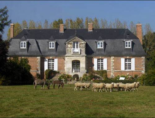 Manoir d'Hermos : Bed and Breakfast near Villez-sur-le-Neubourg