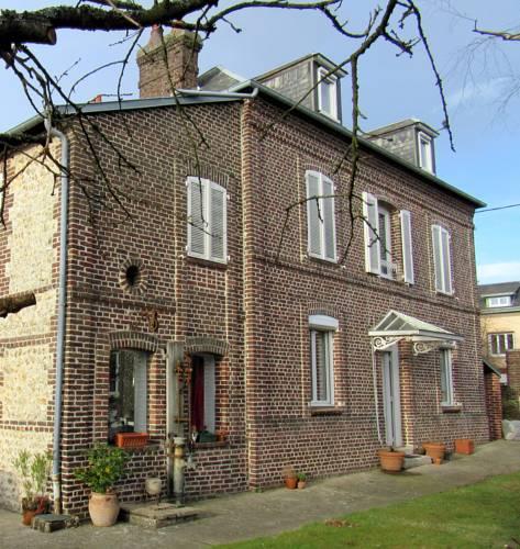 Le Clos de Louise : Bed and Breakfast near Saint-Martin-du-Vivier