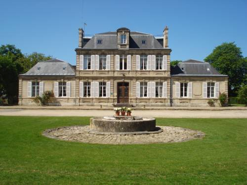 Gite d-exception à la Carrière l-Evêque : Guest accommodation near Ambrief