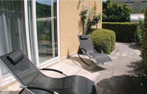 Holiday Home Perigueux Chemin De Halage : Guest accommodation near Atur