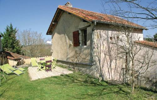 Holiday home Rue de Chateau L-607 : Guest accommodation near Neuvic