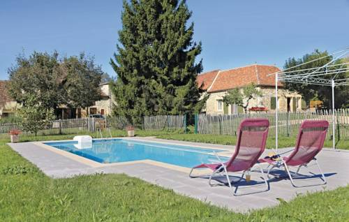 Holiday home Lalinde 68 with Outdoor Swimmingpool : Guest accommodation near Badefols-sur-Dordogne
