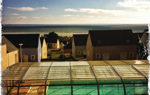 Holiday home St. Nic 70 with Outdoor Swimmingpool : Guest accommodation near Argol