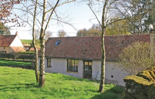 Holiday Home St Jean Aux Amognes : Guest accommodation near Anlezy