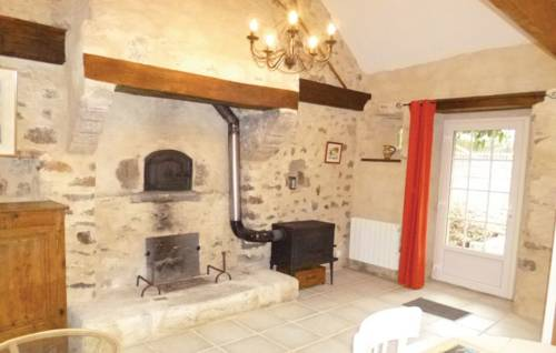 Studio Vaudreville with a Fireplace 06 : Guest accommodation near Aumeville-Lestre