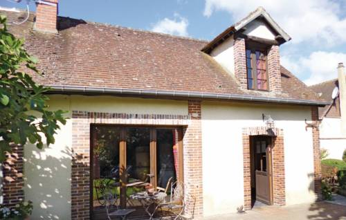 Holiday home Rue du Fond du Val O-804 : Guest accommodation near Corneuil