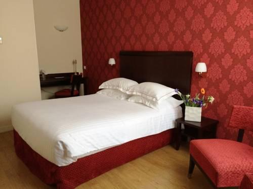 Best Western Hôtel D'Angleterre : Hotel near Bourges