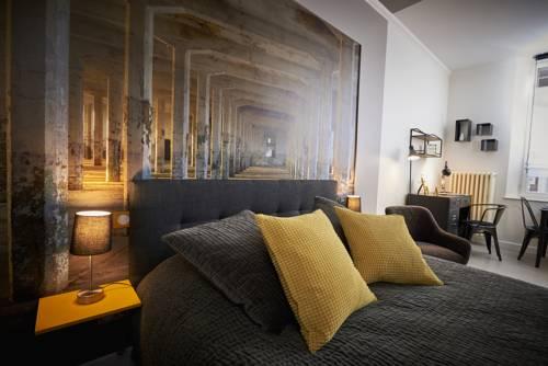 Bubble 8 : Hotel near Marne