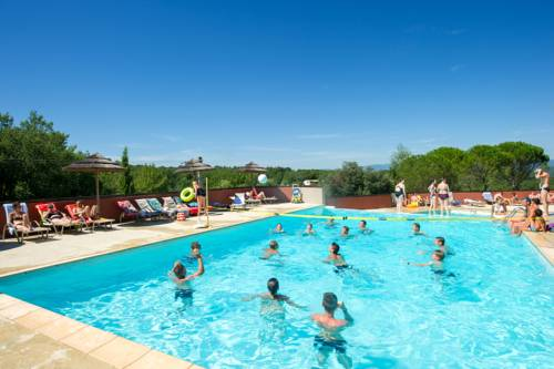 Camping Sunissim Domaine de Chaussy : Guest accommodation near Ruoms
