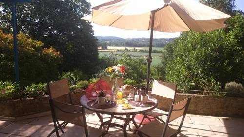 Kergio : Bed and Breakfast near Ozon