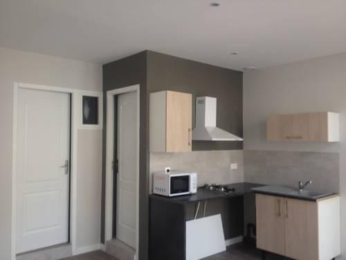 Appart'hôtel Aubenas : Apartment near Aubenas