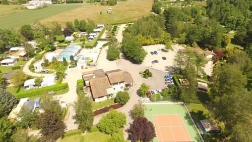 Le Bontemps Villatent Luxe : Guest accommodation near Assieu