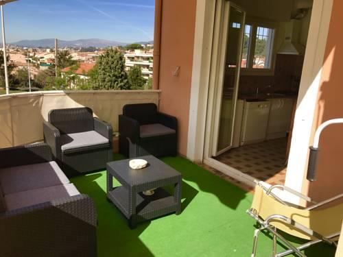 Haut de Villa : Guest accommodation near Saint-Laurent-du-Var