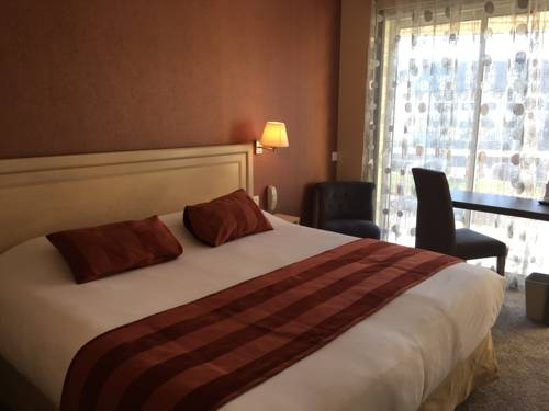Contact Hotel - Bagnoles Hotel : Hotel near Antoigny