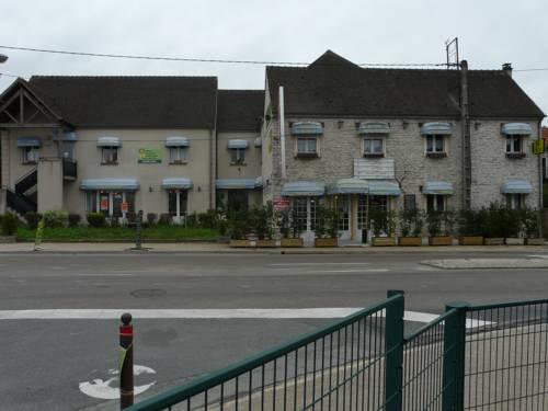 Hotel La Belle Etape : Hotel near Valpuiseaux