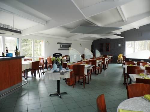 camping les Acacias : Hotel near Haut-Rhin