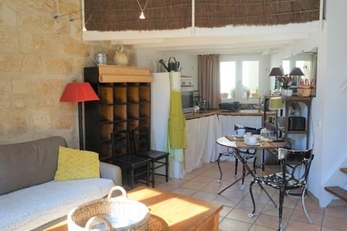 La Suite du Merle Blanc : Apartment near Montpellier