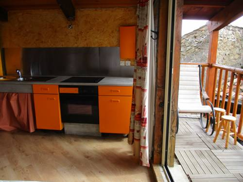 Ferme des Combettes : Bed and Breakfast near Saint-Péray