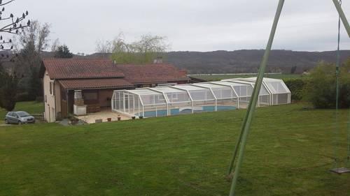 L'Escale Thoduroise : Guest accommodation near Bressieux
