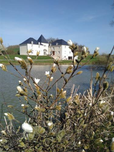 Domaine De Lardoisière : Hotel near Moselle