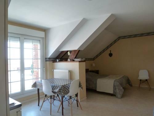 Studio Ferme de Bonavis : Apartment near Prémont