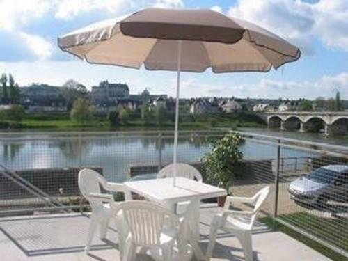 Résidence du Fleuve : Apartment near Pocé-sur-Cisse