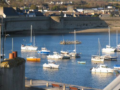 Les cinq étoiles de mer : Bed and Breakfast near Concarneau