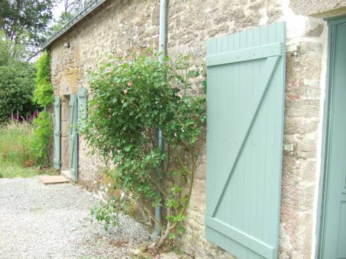 Brittany cottages : Guest accommodation near Berné