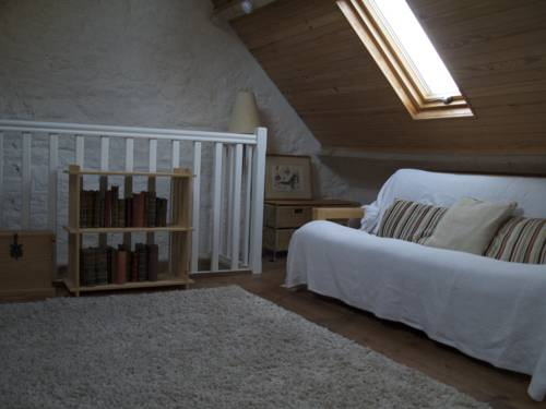 Lasserie : Guest accommodation near Ver